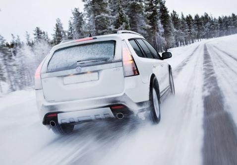 Мифы и вредные убеждения о зимнем вождении